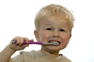 photo-kid-brushing-teeth